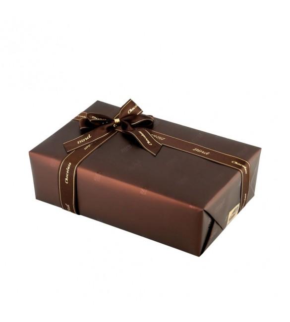 Набор шоколадных конфет M 016 (700 гр)
