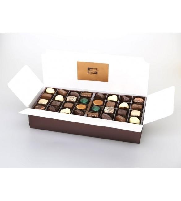 Набор шоколадных конфет M 017 (940 гр)